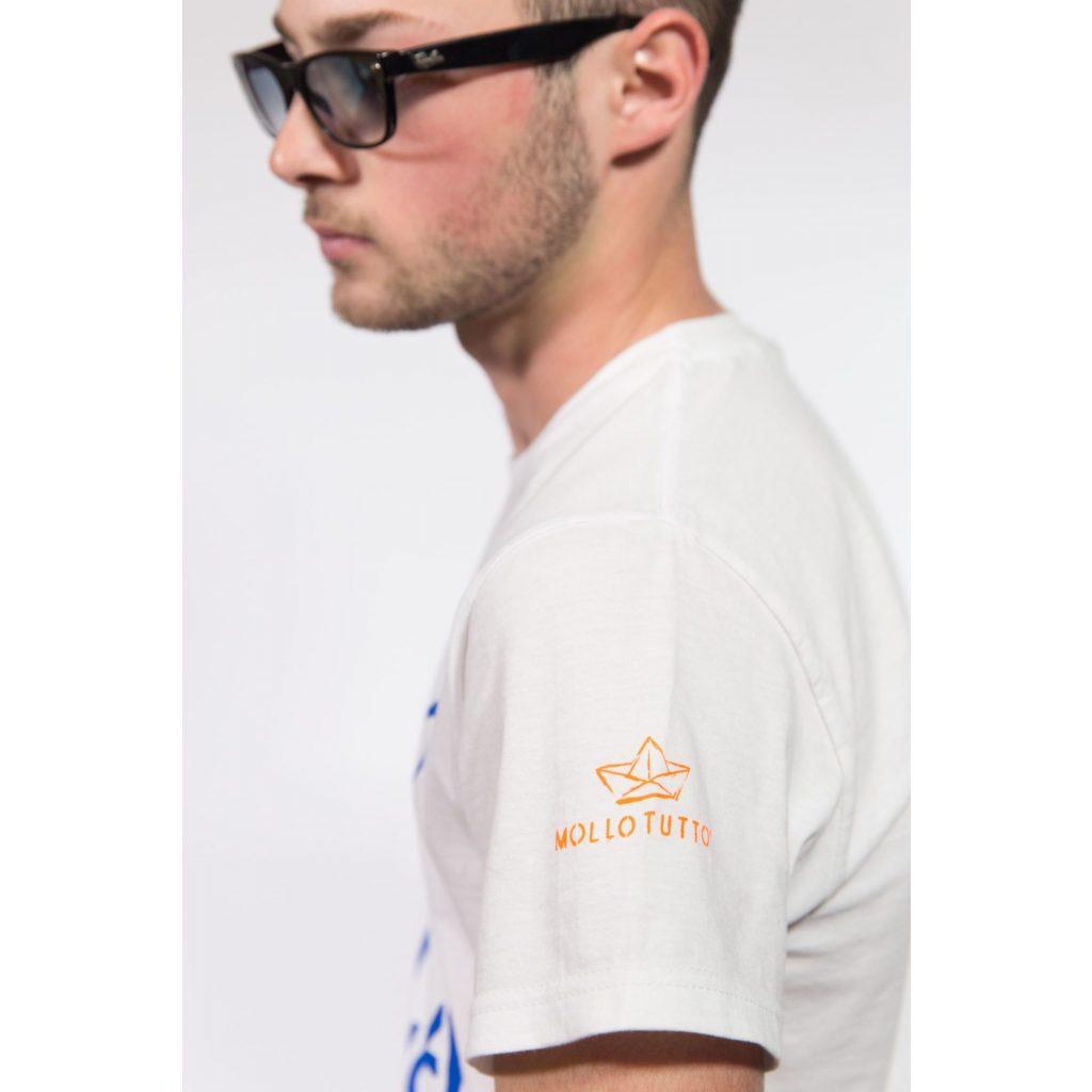 T-shirt Mollo tutto vivo a Salina o a Lipari? Unisex