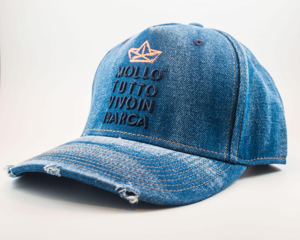 Cappello baseball mollo tutto vivo in barca Jeans